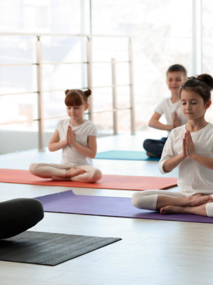Monitor De Yoga Infantil + Máster En Coaching Deportivo